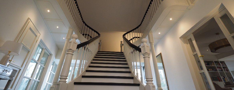 Grobe Treppe